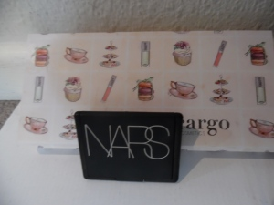 Blush - Nars Exhibit A eyes - Cargo Cosmetics Suited to a Tea Cream Eyeshadow Palette